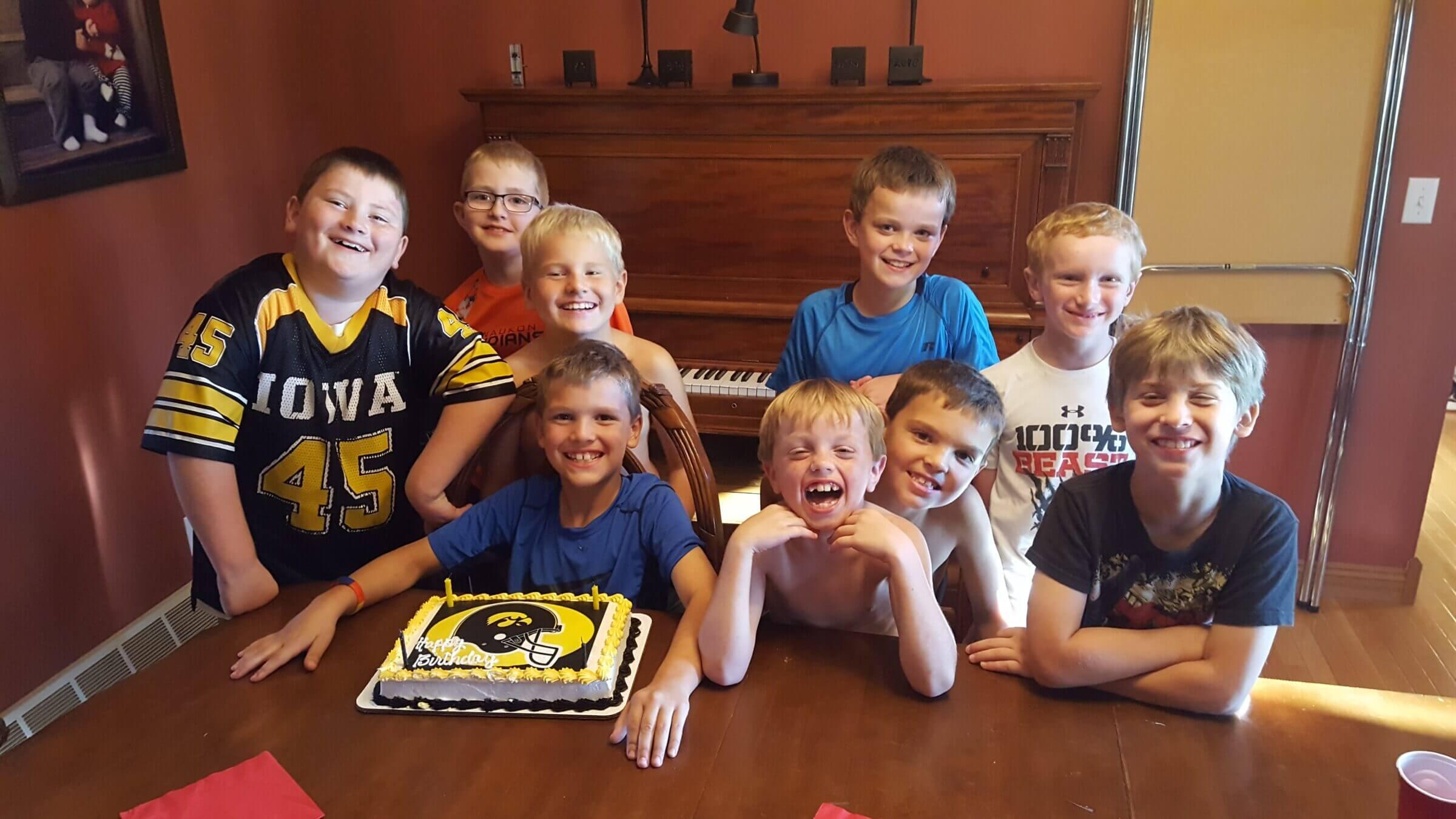 Boys birthday party with gluten free Iowa Hawkeyes cake